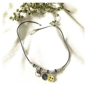 Retro 90s Necklace with Yin Yang and Peace Sign